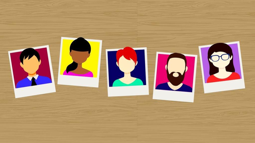 5人の人の顔写真